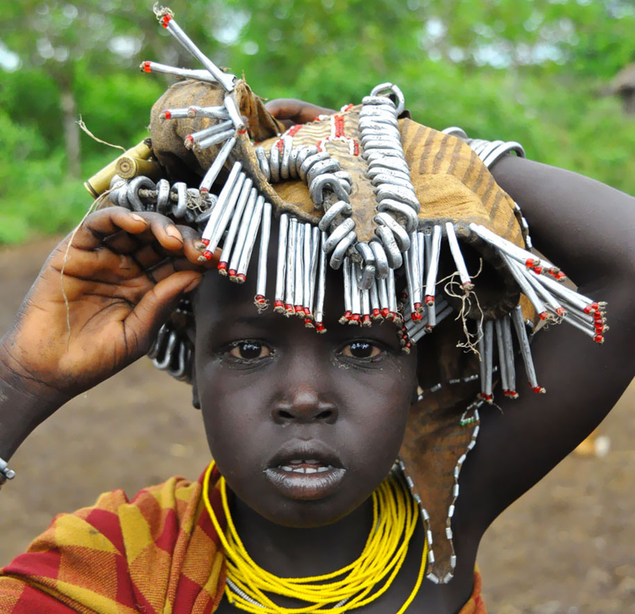 """Tribes Turn Trash into Jewellery"", Eric Lafforge - Flipboard"