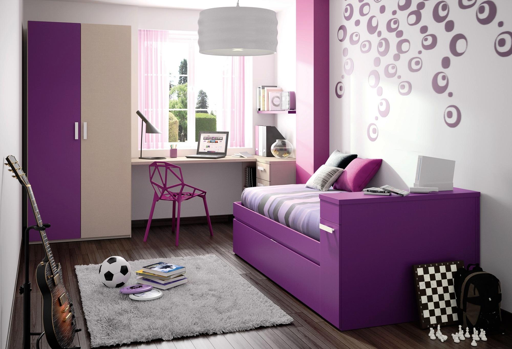 Las distintas tonalidades de púrpura dan sofisticación al ambiente - abate08.com