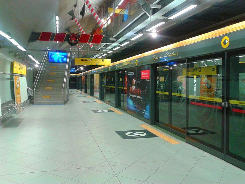 A pesar del alto costo de estos sistemas, en latinoamérica empiezan a verse ejemplos, como esta estación de la línea 4 de San Pablo, en Brasil.